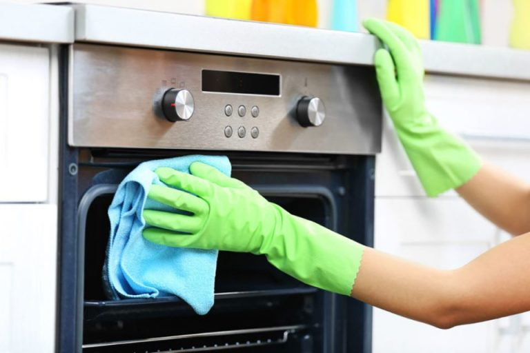 How to keep ceramic cooktops and oven clean